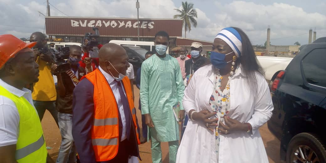 Chantiers urbains à Sangmelima - Célestine Ketcha Courtès remobilise les entreprises